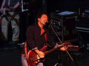 Yo La Tengo, Bataclan 2013, Ira Kaplan singing
