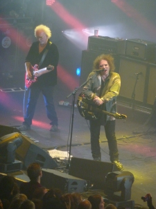 The Cure, London Apollo, 21st December 2014, Robert Smith & Reeves Gabrels