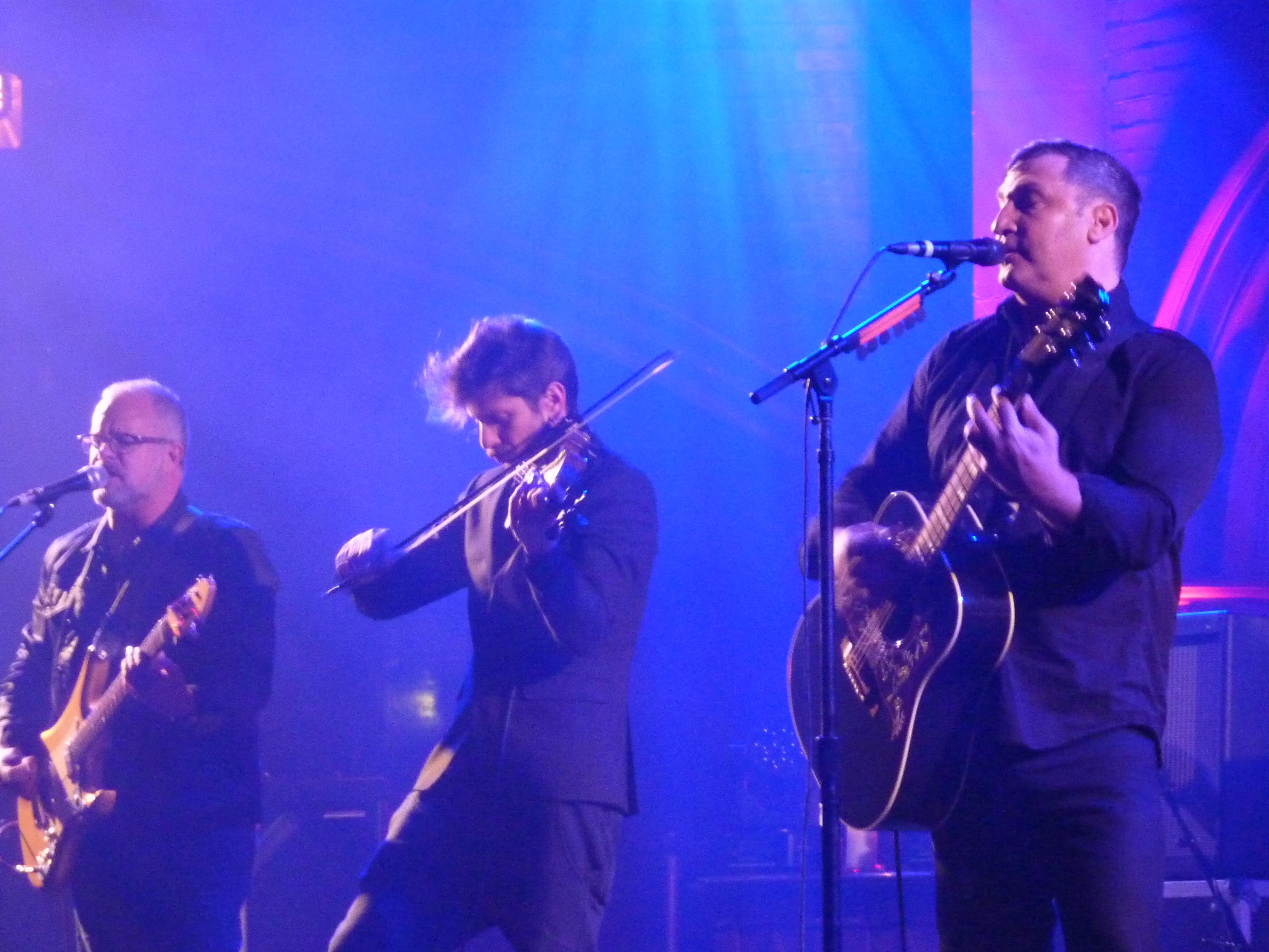 Greg Dulli, Union Chapel, February 2016, with band