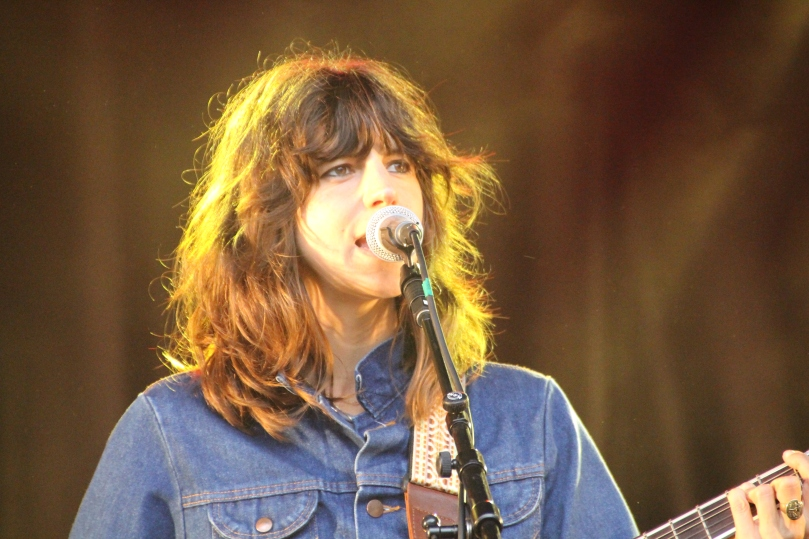 Eleanor Friedberger, in light