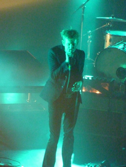 Spoon, London, June 2017 - Britt Daniel standing